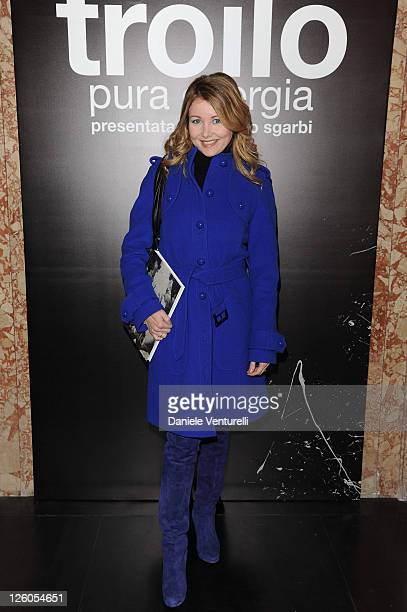 Angela Melillo attends the 'Pura Energia' Exhibition by Paolo Troilo introduced by Vittorio Sgarbi at the Le Cinque Lune Gallery on December 14 2010...