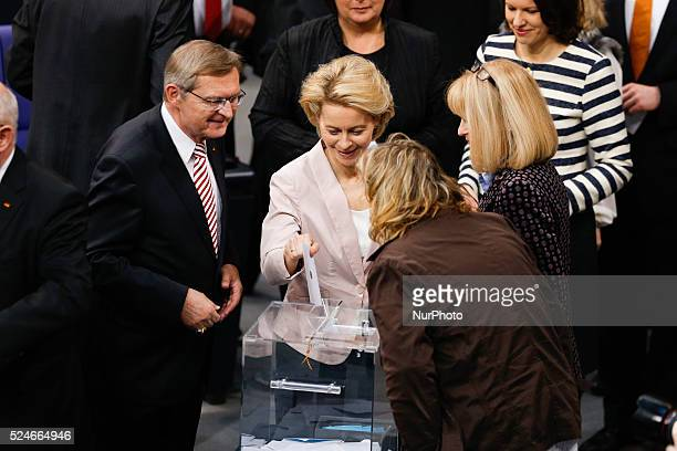 Angela Merkel is reelected as Chancellor for 4 years more by the German Parliament in Berlin / Picture Ursula von der Leyen Minister of Defence Photo...
