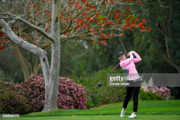 Angela Stanford tees off the 3rd hole during Round One of the LPGA KIA CLASSIC at the Park Hyatt Aviara golf course on March 22 2018 in Carlsbad...