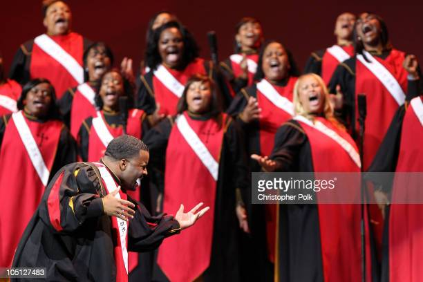 Angelic Voices of Deliverance perform 'Mighty God' onstage during Verizon's How Sweet The Sound 2010 event at ORACLE Arena on October 9 2010 in...