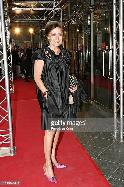 Angelica Blechschmidt Bei Der Geburtstagsgala 'Diner De La Mode In Den Galeries Lafayette In Berlin