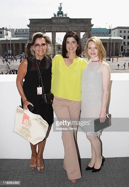 Angelica Blechschmidt Designer Dorothee Schumacher and actress Karoline Herfurth wearing SCHUMACHER at the Schumacher Show during MercedesBenz...