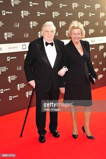 Angelika Jahr and Rudolf Stilcken attend the HenriNannenAward at the Schauspielhaus on May 8 2009 in Hamburg Germany