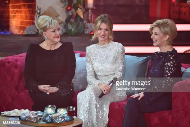 Angelika Milster Ella Endlich and Carmen Nebel attend the tv show 'Heiligabend mit Carmen Nebel' on November 29 2017 in Munich Germany The show will...