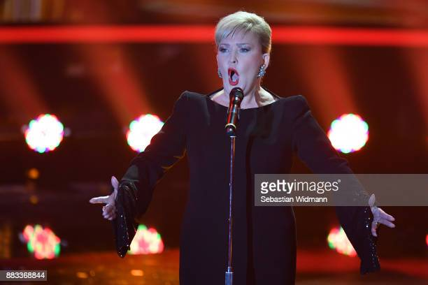 Angelika Milster performs during the tv show 'Heiligabend mit Carmen Nebel' on November 29 2017 in Munich Germany The show will be aired on December...