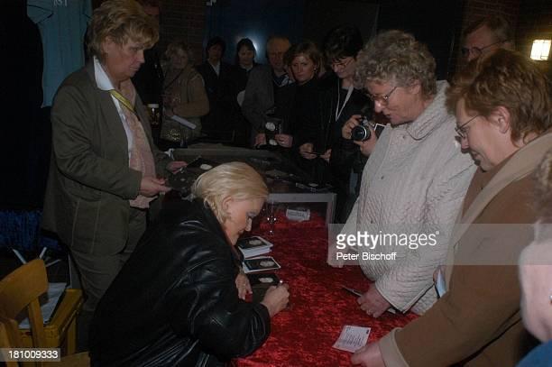 Angelika Milster Waltraud Meinecke Fan Fans DeutschlandTournee Milster The Voice is Back Hambergen Mehrzweckhalle Sängerin Autogramm Poster signieren...