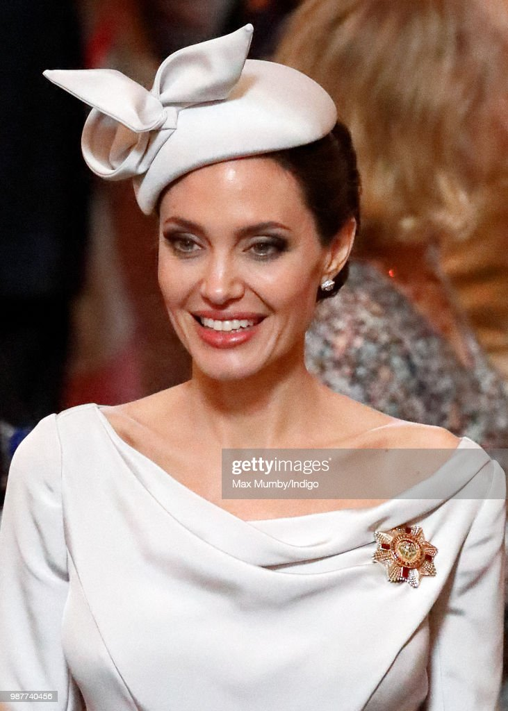 Angelina Jolie Attends A Service Marking The Most Distinguished Order Of St George : ニュース写真