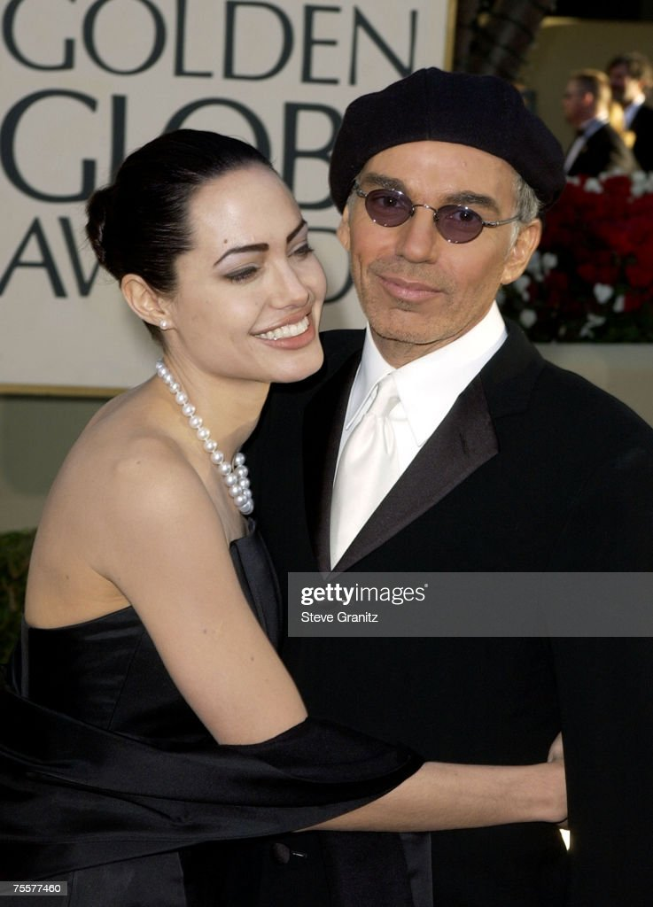 Angelina Jolie and Billy Bob Thornton arrive at the Golden Globe Awards at the Beverly Hilton January 20, 2002 in Beverly Hills, California.