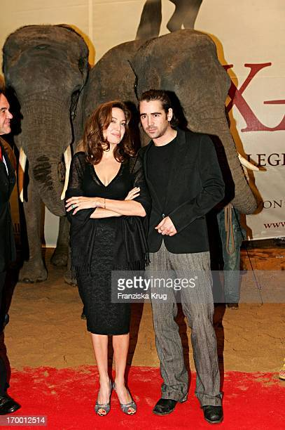 Angelina Jolie and Colin Farrell at Film Premiere 'Alexander' In Cinedom in Cologne 171204