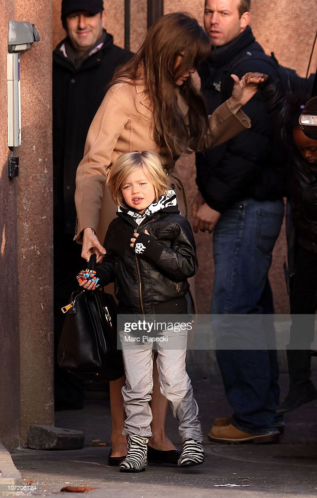 Angelina Jolie, Shiloh And Zahara Sighting in Paris : News Photo