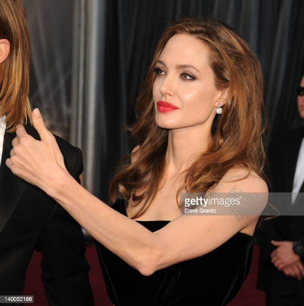 Angelina Jolie arrives at the 84th Annual Academy Awards at Grauman's Chinese Theatre on February 26 2012 in Hollywood California