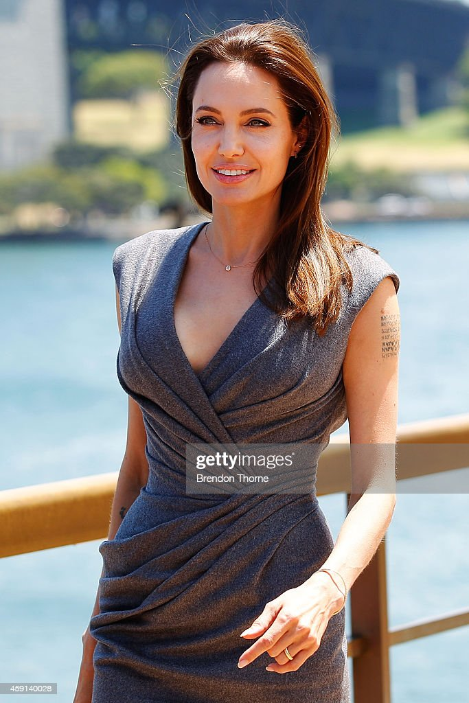 Angelina Jolie arrives at the photo call of Unbroken at Sydney Opera House on November 18, 2014 in Sydney, Australia.