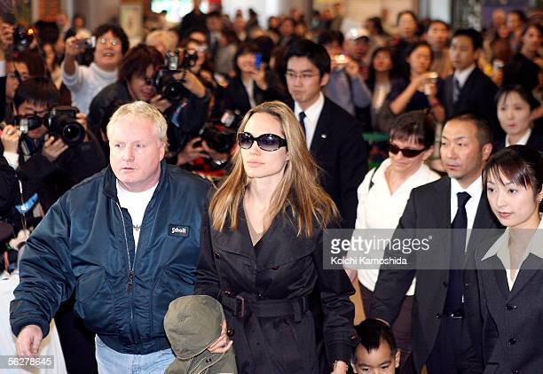 Angelina Jolie arrives with son Maddox at the New Tokyo International Airport on November 27 2005 in Narita Japan Jolie and Brad Pitt are in Japan to...