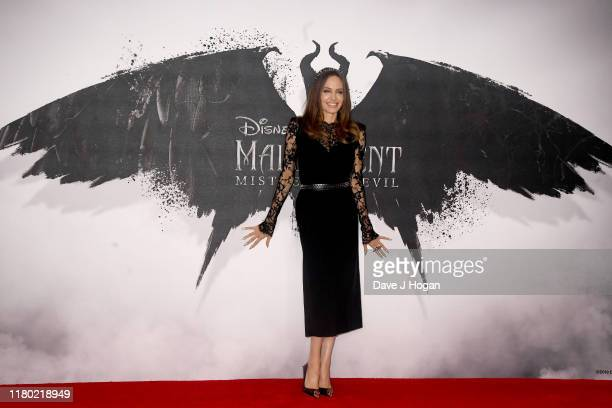"""Angelina Jolie attenda a photocall for """"Maleficent: Mistress of Evil"""" at Mandarin Oriental Hotel on October 10, 2019 in London, England."""