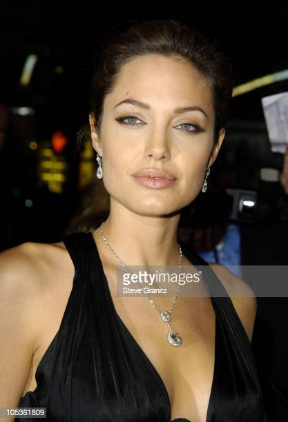 Angelina Jolie during 'Alexander' Los Angeles Premiere Arrivals at Grauman's Chinese Theatre in Hollywood California United States
