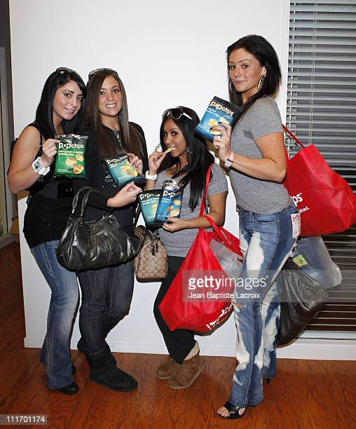 Angelina Jolie Pivarnick Sammi Sweetheart Giancola Nicole Snooki Polizzi and Jenni JWoww Farley of Jersey Shore are seen at the popchips lounge on...