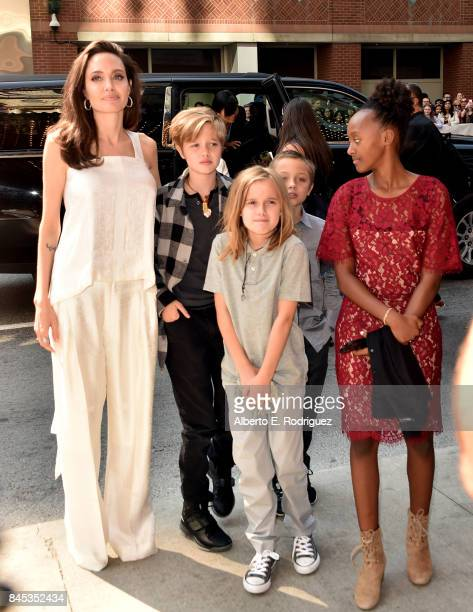 Angelina Jolie Shiloh JoliePitt Vivienne JoliePitt Knox Leon JoliePitt and Zahara JoliePitt attend The Breadwinner premiere during the 2017 Toronto...
