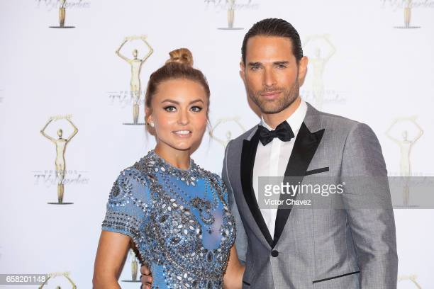 Angelique Boyer and Sebastian Rulli attend Premios Tv y Novelas 2017 at Televisa San Angel on March 26 2017 in Mexico City Mexico