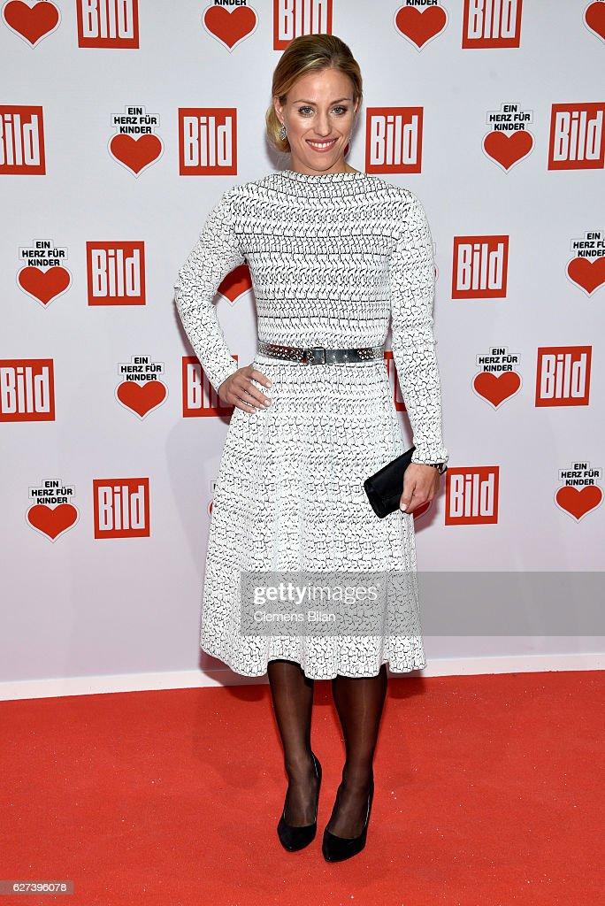Angelique Kerber attends the Ein Herz Fuer Kinder Gala 2016 on December 3, 2016 in Berlin, Germany.