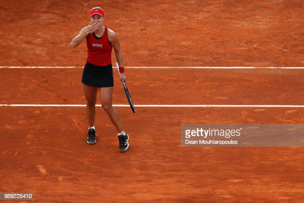 Angelique Kerber of Germany thanks the fans after victory in her match against IrinaCamelia Begu of Romania during day 4 of the Internazionali BNL...