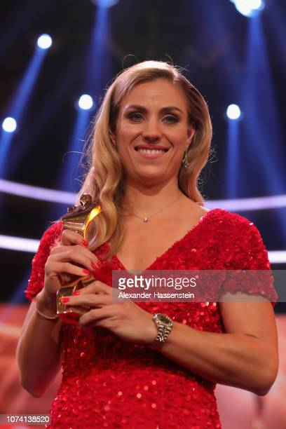 Angelique Kerber poses with the female sportsman of the year award after the 'Sportler des Jahres 2018' Gala at Kurhaus Baden-Baden on December 16,...