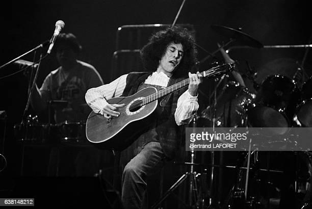 Angelo Branduardi en concert à l'Hippodrome de la Porte de pantin à Paris France le 17 février 1982