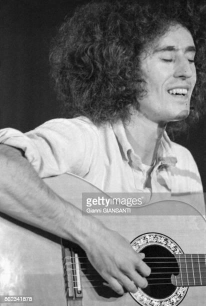 Angelo Branduardi en concert à Rome le 23 septembre 1979 Italie