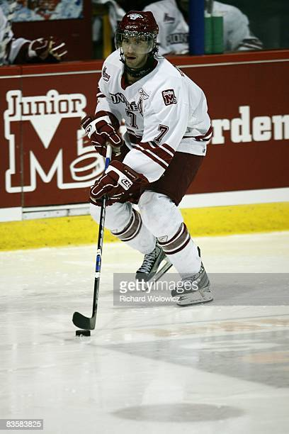 Angelo Esposito of the Montreal Juniors skates with the puck during the game against the Val D'Or Foreurs at the Verdun Auditorium on November 05,...