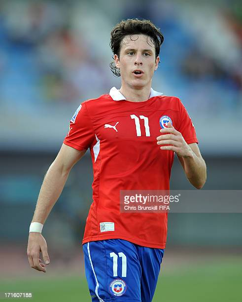 Angelo Henriquez of Chile looks on during the FIFA U20 World Cup Group E match between Chile and England at Akdeniz University Stadium on June 26...