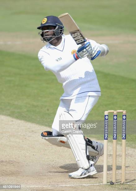 Angelo Mathews of Sri Lanka bats during day four of 2nd Investec Test match between England and Sri Lanka at Headingley Cricket Ground on June 23...