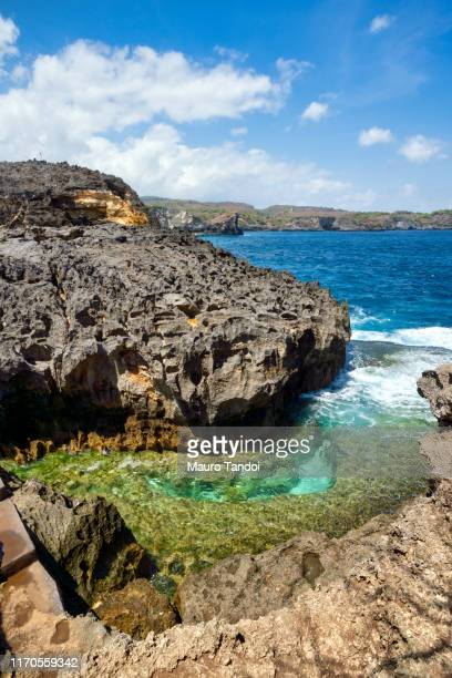 angel's billabong, nusa penida, indonesia - mauro tandoi stock pictures, royalty-free photos & images
