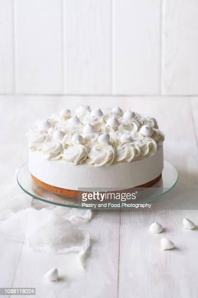 angel's food cake with vanilla souffle - ケーキ ストックフォトと画像