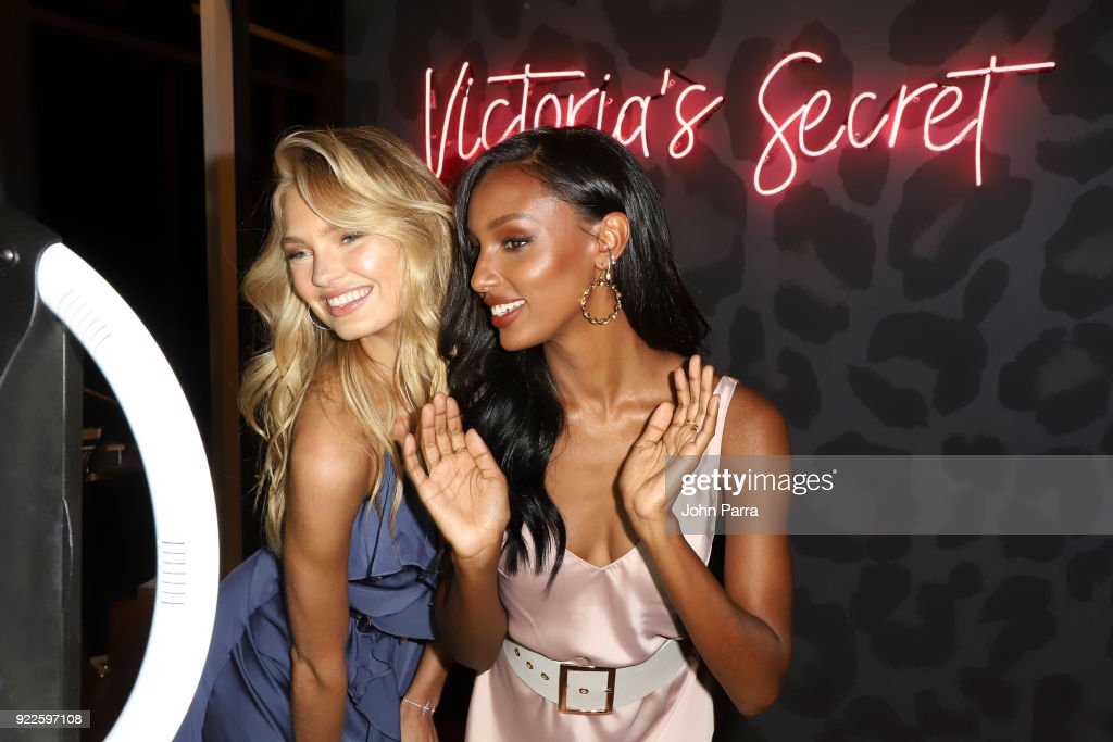 VS Angels Romee Strijd and Jasmine Tookes Keep Up The Sexy in Miami on February 21, 2018 in Miami, Florida.