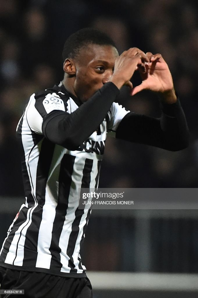 Angers' Cameroun forward Karl Toko Ekambi celebrates after scoring a goal during the French L1 football match between Angers (SCO) and Bastia (SC), on February 25, 2017, at Jean Bouin Stadium, in Angers, northwestern France. / AFP / JEAN