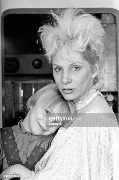 Angie Bowie with her daughter Stacia Larranna Celeste Lipka Picture taken at home Picture taken 6th March 1986