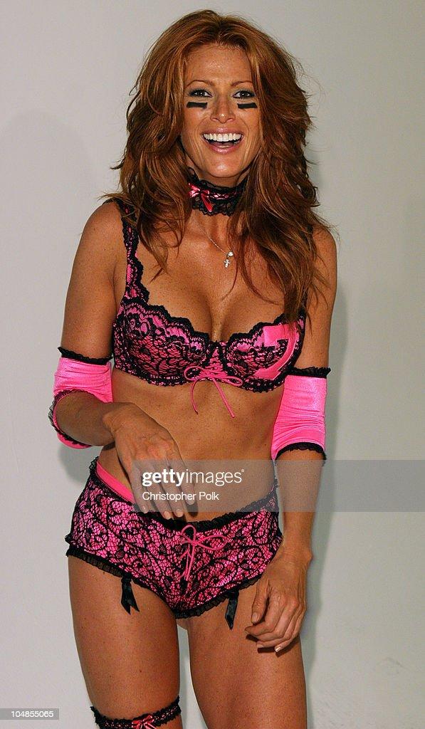 Angie everhart bikini, naked emo girls dick