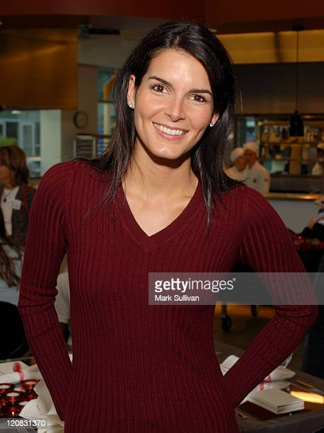 Angie Harmon during Angie Harmon and Jason Sehorn Host PreThanksgiving Dinner Event at Kitchen Academy in Hollywood at Kitchen Academy in Hollywood...