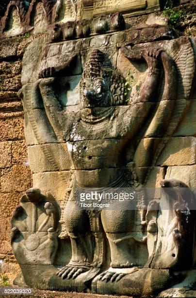 Angkor, Preah Khan, Garuda statue