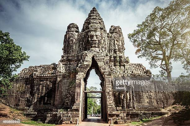 angkor thom gate cambodia - angkor stock photos and pictures