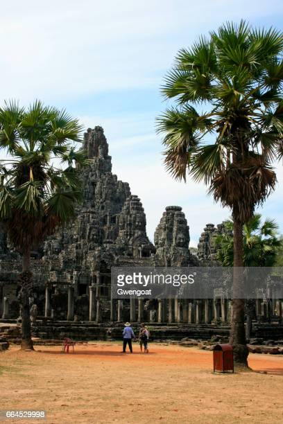 angkor thom - gwengoat stock pictures, royalty-free photos & images