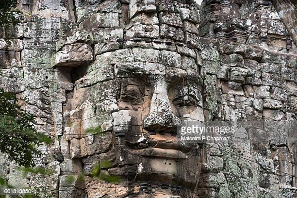 "angkor thom west gate, siem reap, cambodia - cambodia ""malcolm p chapman"" or ""malcolm chapman"" stock pictures, royalty-free photos & images"
