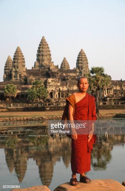 Angkor Wat, buddhist monk