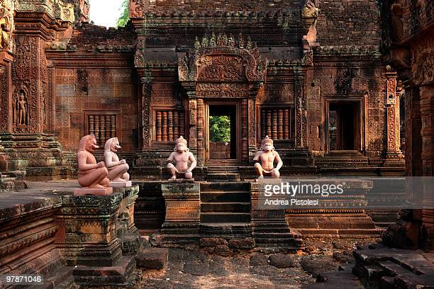 angkor wat historic site in cambodia - banteay srei stock pictures, royalty-free photos & images