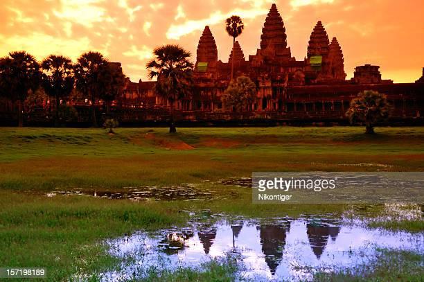 Angkor Wat Reflexion und Silhouette