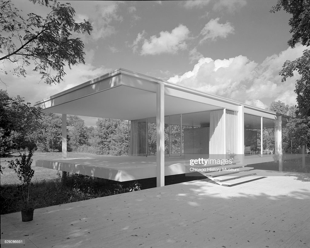 angled exterior view of the entry of farnsworth house december 20