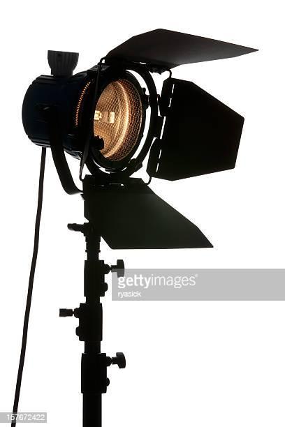 vista em ângulo de estúdio isolado no branco luz de palco - spotlight filme - fotografias e filmes do acervo
