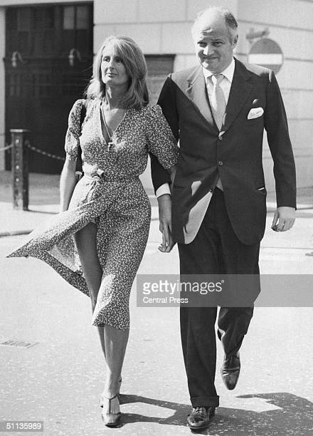 AngloFrench financier Sir James Goldsmith and his partner Lady Annabel Birley arrive at Bow Street Court London where he is bringing a criminal libel...