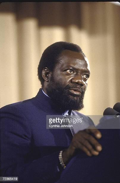 Angolan rebel leader Jonas Savimbi speaking at CPAC dinner