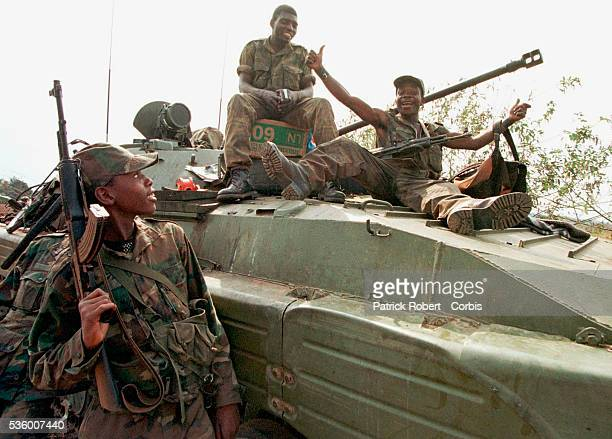 Angolan soldiers in support of LDKabila's regime occupy Matadi airport 350 km from Kinshasa