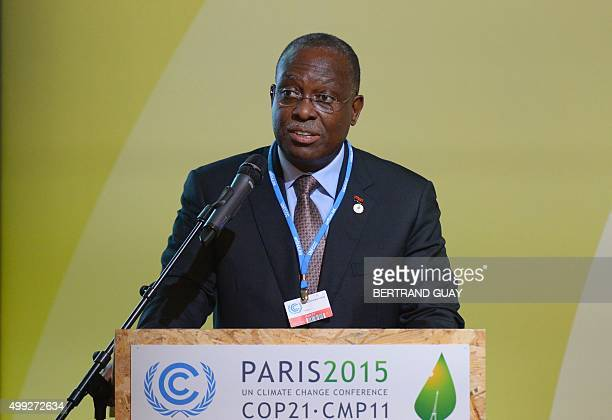 Angola's VicePresident Manuel Vicente delivers a speech during the COP 21 United Nations conference on climate change on November 30 2015 at Le...